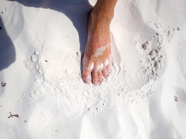 foot-743953_640