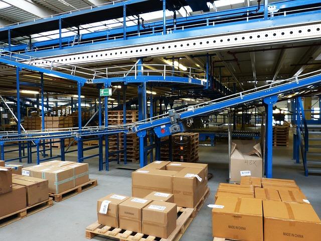 logistics-852939_640