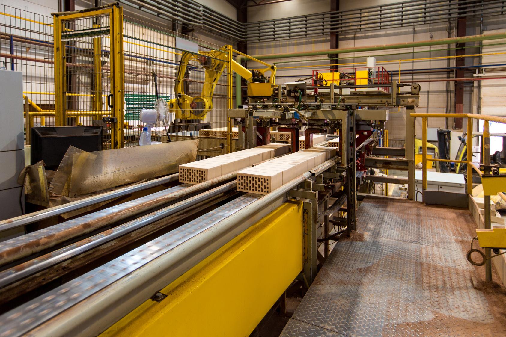 Brickworks. Image of conveyor belt in modern production hall